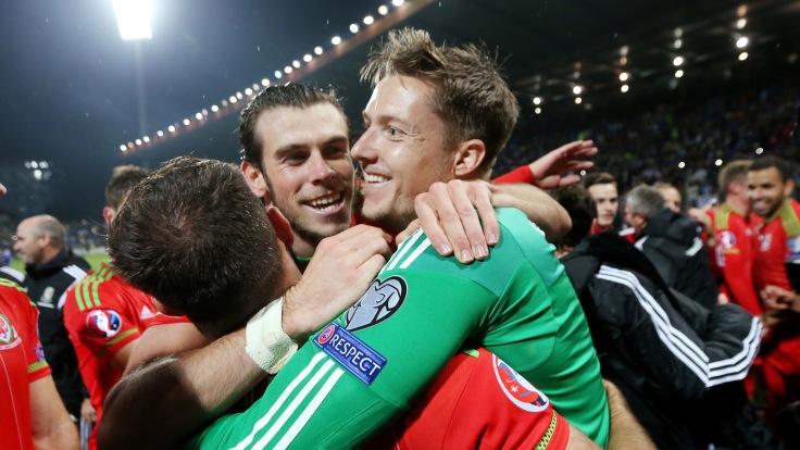 Bosnia & Herzegovina v Wales - UEFA Euro 2016 Qualifying Group B