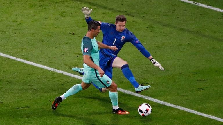 Portugual v Wales - EURO 2016 - Semi final