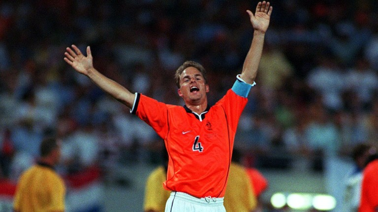 Football - 1998 FIFA World Cup - Second Round - Holland v Yugoslavia - Stade Municipal, Toulouse - 29/6/98